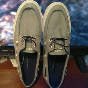 Tommy Hilfiger Shoes - Tommy Hilfiger Sperry s cafadaef2fa5